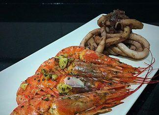 como hacer Calamar con cebolla al vino tinto y Gambas a la plancha receta