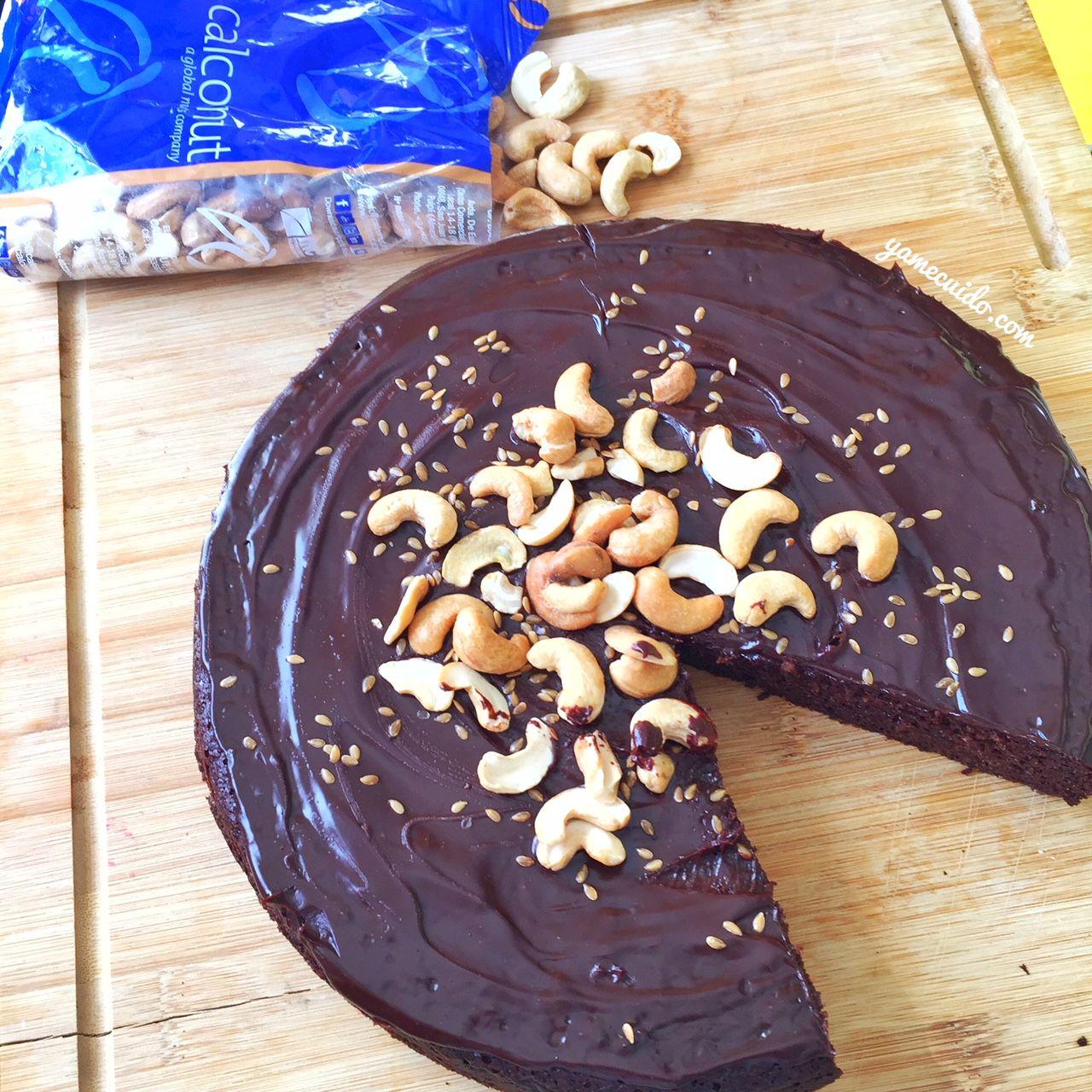Tarta de chocolate con calconut